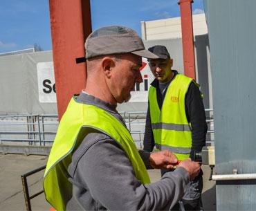 Fira-fermetures-industrielles-rhône-alpine-savoir-faire-porte-souple-sectionnelle-rideau-métallique-2